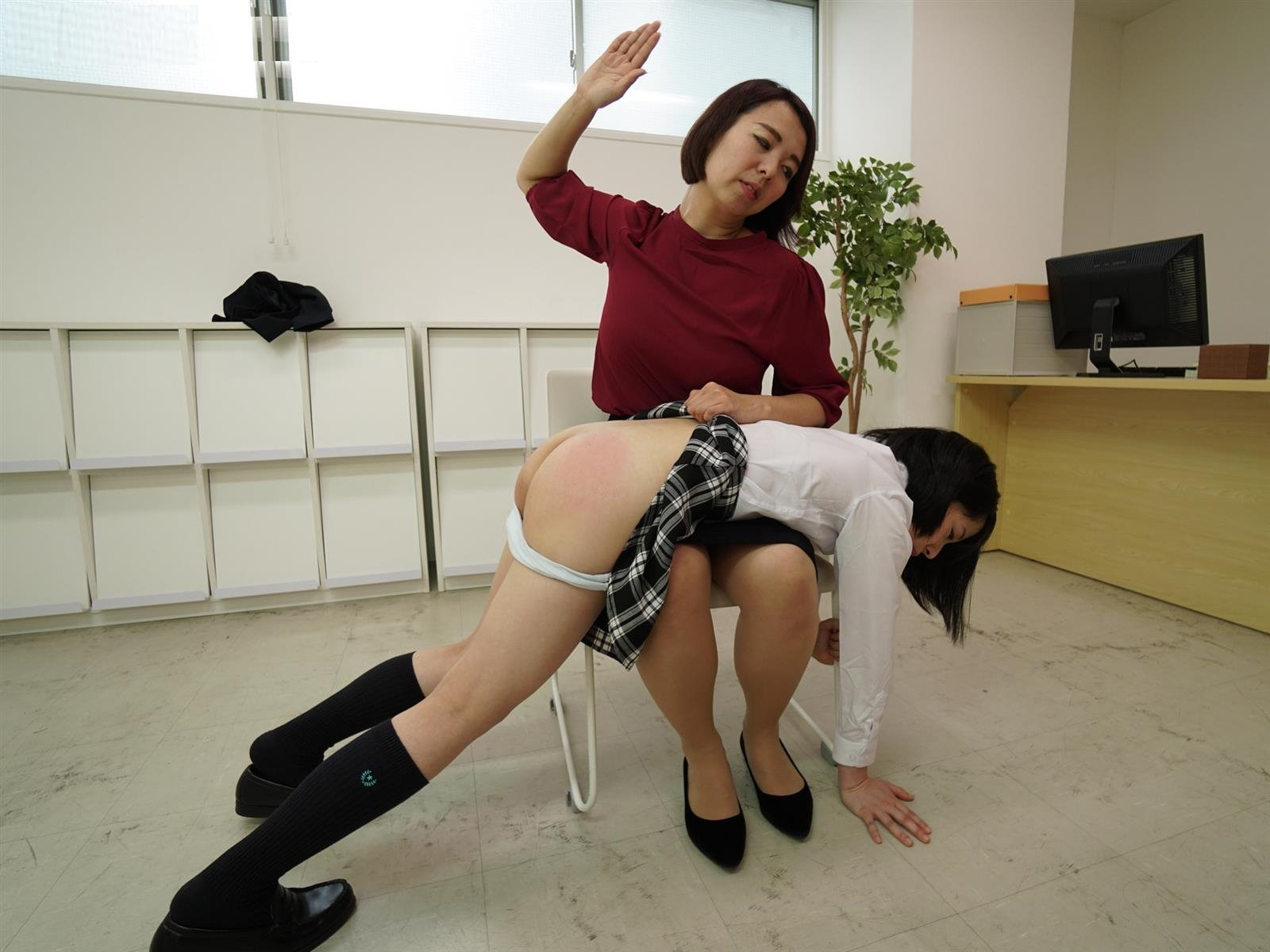 Japanese spanking 0438 Forgotten homework cost nao a good spanking hd